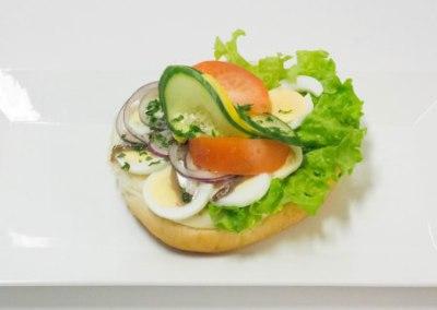 Ägg-skinka-sallad-sill